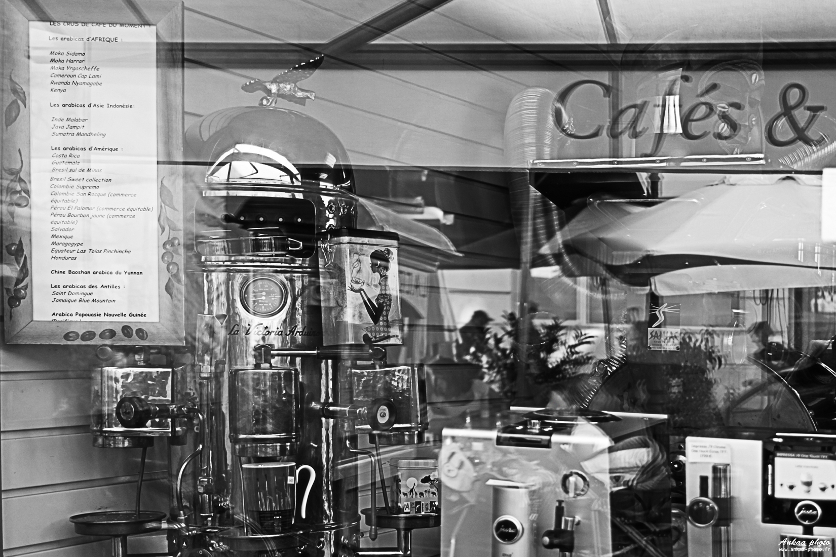 ankaa, photo, lisa, vizzini, photo, image, fond, ecran, hd, paysages, landscapes, art, photoshop, canon, nikon, reflet, noir, blanc, black, white, café, street,