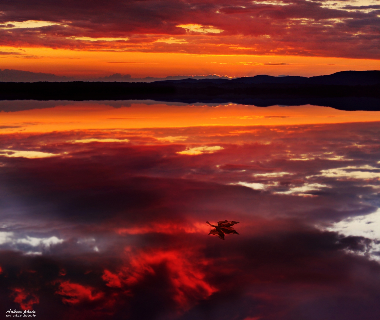 ankaa, photo, lisa, vizzini, photo, image, fond, ecran, hd, paysages, landscapes, art, photoshop, canon, nikon, lac, lake, fire, feu, montagne, coucher de soleil,